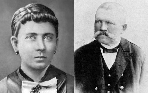 Adolf-Mama-and-Papa
